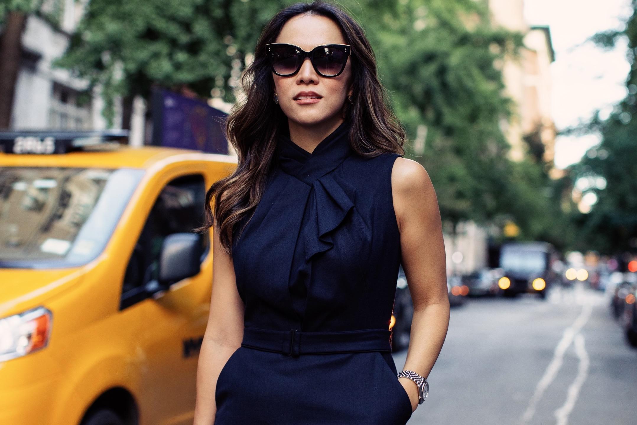 Wall Street Female Executive Says Goodbye To The Traditional 'Male Banker' Suits jessica davis womenontopp women on Topp womenontopp.com