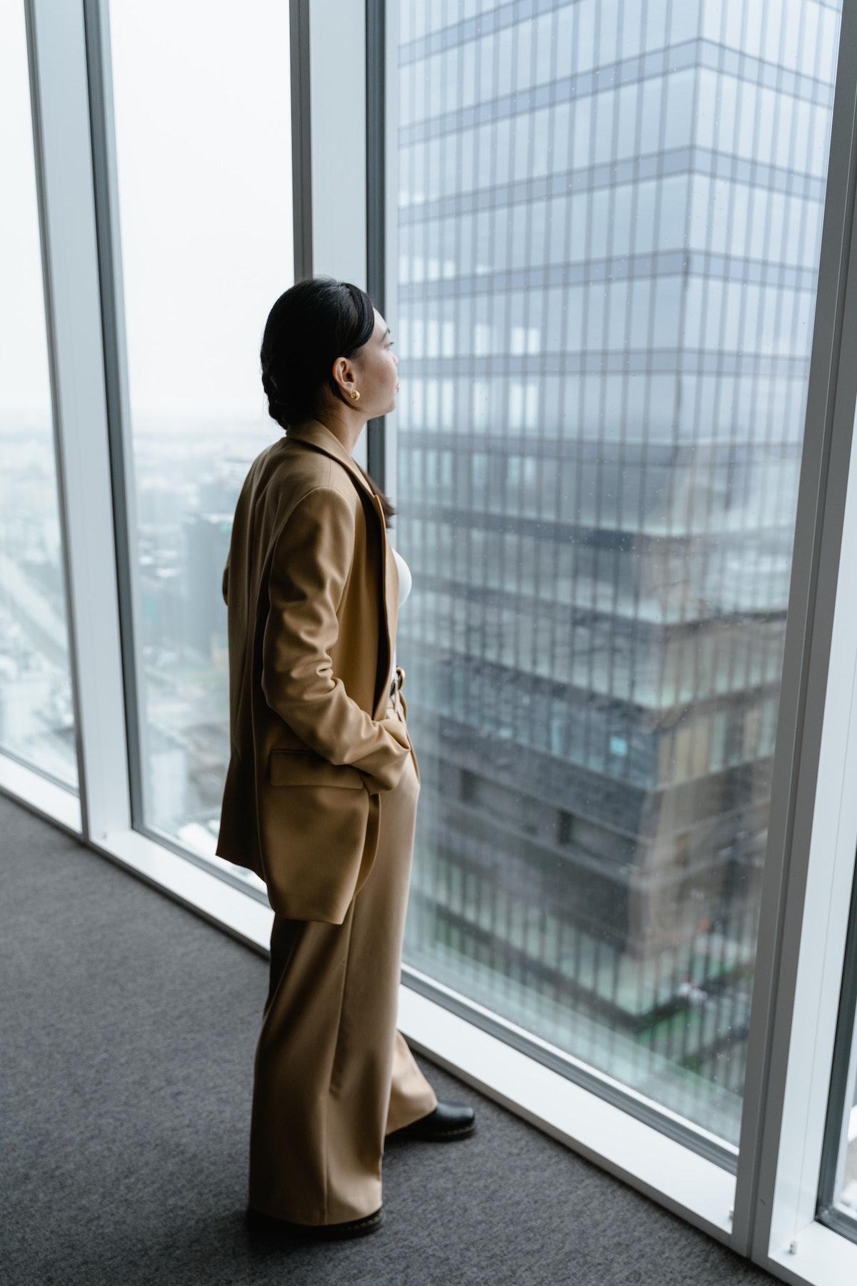 Mistakes Women Make at the Office womenontopp.com women on topp