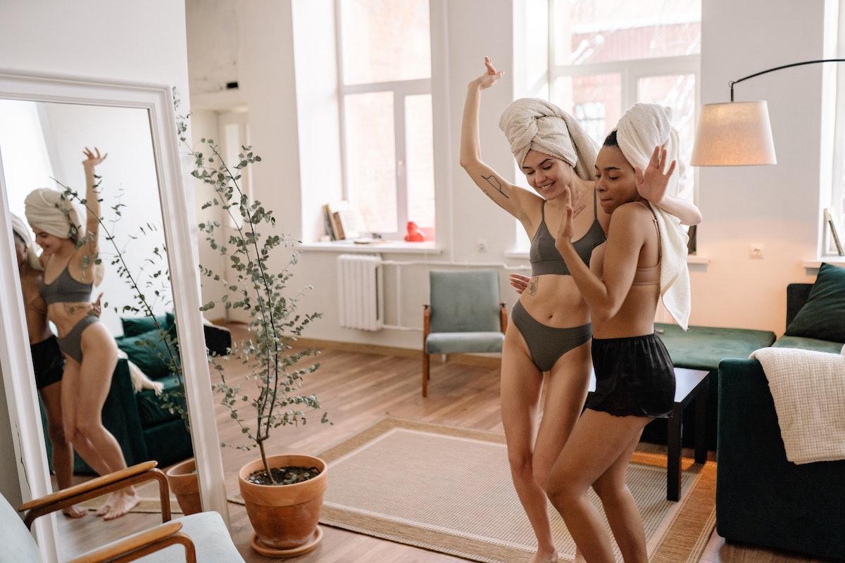 Essential & Indispensable Self Care Tips For Working Women - Women On Topp - Womenontopp.com -