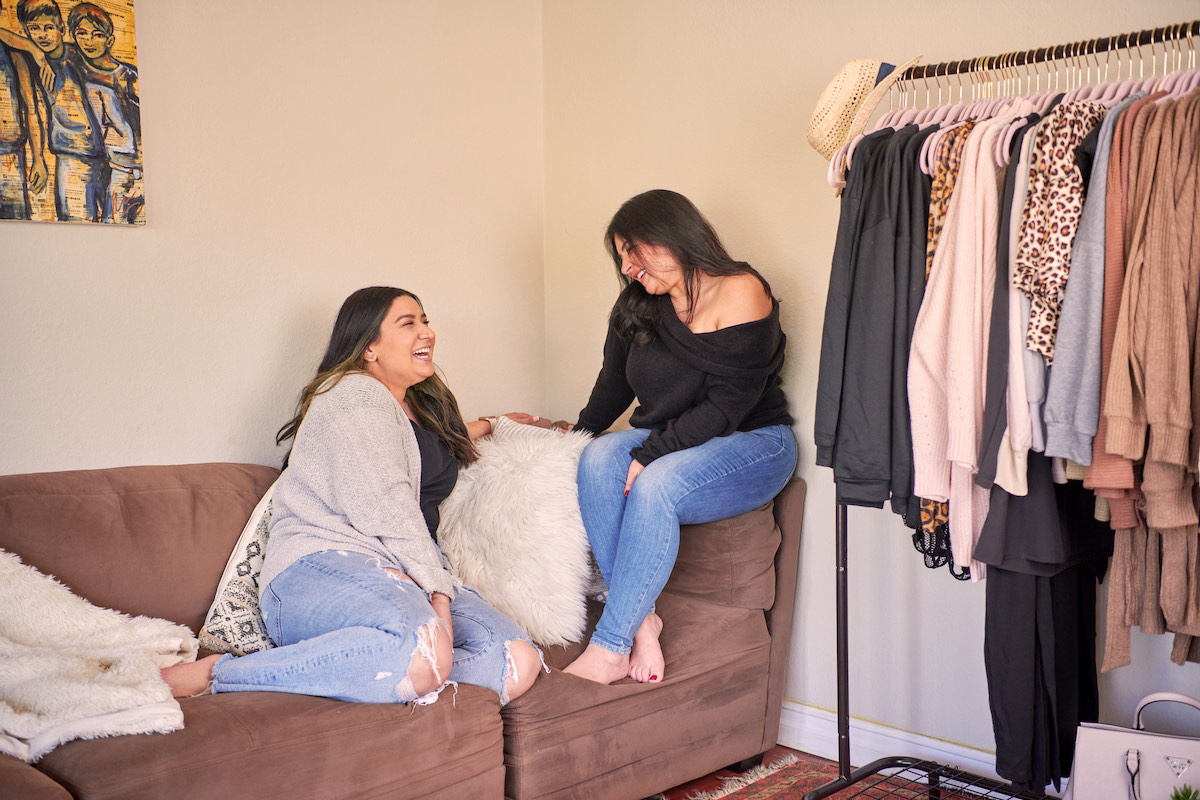 How We Started Girlsside Boutique: The New Women's Clothing Store That Advocates For ALL women.