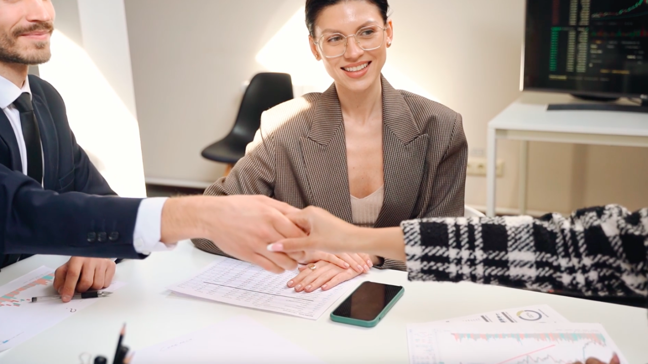 How To Find the Best Talent for Your Team womenontopp.com women on topp